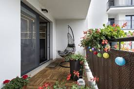 tricks to decorate your balcony