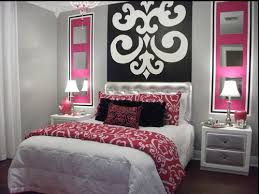 Black, White & Pink Paris themed bedroom inspiration. For my daughters  Paris themed bedroom, although red instead of pink. | Decor ideas |  Pinterest | Pink ...