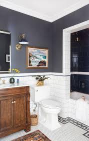 Best 25+ White bathroom paint ideas on Pinterest | Bathroom paint ...