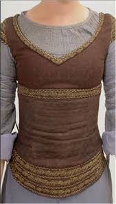 Pin by Kristy Griffith on costumes! | Lotr costume, Medieval clothing,  Costume design