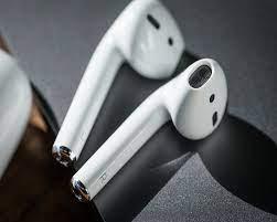 REVIEW] Top 8 tai nghe True Wireless đáng tiền bán chạy nhất trên thị  trường - Zda.vn