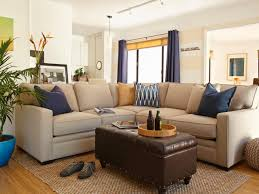 Dos And Don Ts Of Decorating A Rental Hgtv Rental Apartment Living Room Decorating Ideas