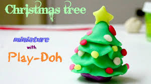 Tips For Decorating Your Christmas Tree  Celebrations At HomeAt Home Christmas Tree