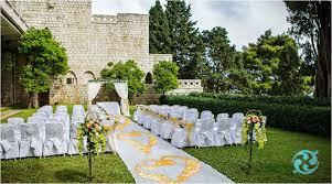 aisle runner alternatives for outdoor weddings
