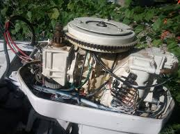 chrysler 45hp spark problems ok its a 1970 magneto ignition separate run stop switch wired next to ignition switch on dash