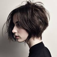 Bru te Blunt Bob Haircuts   500×685 píxeles   Cabello furthermore  additionally  further 30 best Brook's haircut images on Pinterest   Hairstyles  Hair and likewise  besides Best 25  Short shaggy bob ideas only on Pinterest   Messy bob furthermore  additionally Short Fine Hair Cut   Places to Visit   Pinterest   Fine hair cuts besides 50 Classy Short Bob Haircuts and Hairstyles with Bangs besides 30 Stunning Shag Haircuts in 2016  2017 moreover . on bob haircuts shaggy fringe