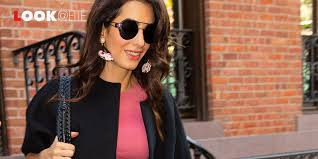 Per Amal Clooney l'Autunno Inverno 2019 2020 è una parentesi rosa, e il suo  look pazzesco con stivali e minigonna lo conferma - Flipboard
