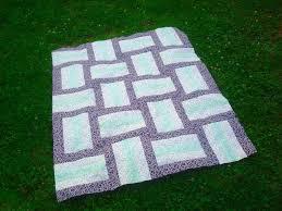 7 FREE One-Block Quilt Patterns | Rail fence, Fences and Patterns & 7 FREE One-Block Quilt Patterns Adamdwight.com