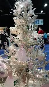 Christmas Trees  Samu0027s ClubWhat Day Do You Take Your Christmas Tree Down On