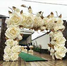 Paper Flower Archway Stunning Paper Flowers This Would Be A Great Paper Flower