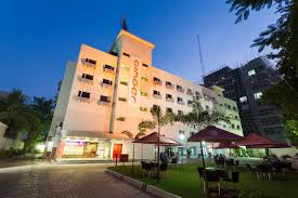 Hotel Paprica 1 Hotel Ginger Surat India Bookingcom
