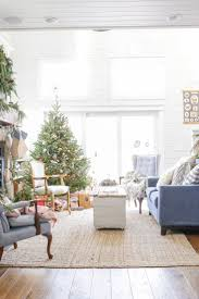 Xmas Living Room Decor 25 Best Ideas About Christmas Living Rooms On Pinterest