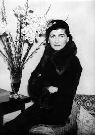 Coco Chanel   Steckbrief, Bilder und News