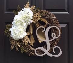 initial wreaths for front door15 Refreshing Handmade Summer Wreath Designs For Your Front Door