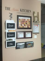 Kitchen Message Board 12 Ways To Beat Counter Clutter Vinyls Calendar And Everything