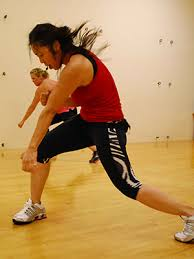 turbo kick is pre cographed cl that bines an aerobic kickboxing workout and simple dance moves paired with fun dance