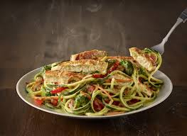 olive garden s new zoodle primavera is under 600 calories