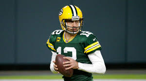 Aaron rodgers is a 37 year old american football (american) player. Coronavirus Packers Qb Aaron Rodgers Surprises Health Care Workers During Zoom Call