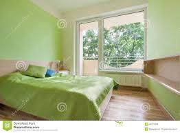 Grünes Schlafzimmer In Der Wohnung Stockbild Bild Von Zuhause