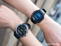 huawei smartwatch on wrist. huawei watch 2: the right and wrong way to do android wear 2.0 smartwatch on wrist c