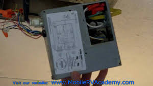 dometic thermostat wiring diagram and attachment inside rv thermostat wires outside ac unit at How To Install An Air Conditioner Thermostat Wiring Diagram