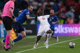 """مورينيو: """"ما فعله كيليني على ساكا يظهر كل شيء"""" - فوتبول إيطاليا"""