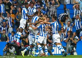 Head to head statistics and prediction, goals, past matches, actual form for la liga. Real Sociedad 2 0 Atletico Madrid Monreal And Odegaard On Target In La Liga Victory Daily Mail Online