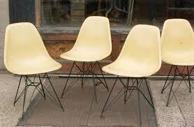 eames eiffel fiberglass side chair. set of four eames for herman miller fiberglass side chairs eiffel tower bases 2 chair r