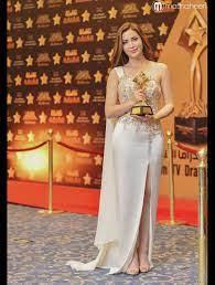 بالفيديو والصور: الفنانة السورية نسرين طافش أفضل ممثلة عربية لعام 2016 |  Strapless dress formal, Fancy dresses long, Dresses