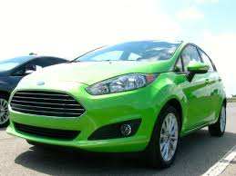 A Quick Spin in the 2014 Ford Fiesta SE | Autobytel.com
