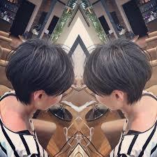夏の髪型耳にかけやすいショートヘアの一例 Bump By Atreve