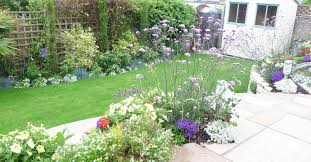 Small Picture Bungalow Garden Design Gorgeous Design Landscaping Ideas Front
