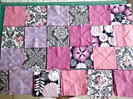 How to make a rag quilt - So Sew Easy & I always wondered how to make a rag quilt, and this is a great tutorial Adamdwight.com