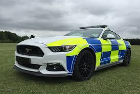 Berichte Britische Polizei Testet Ford Mustang Gt