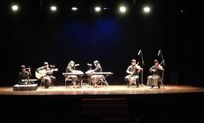 Alat musik yang digunakan beragam. Perkembangan Musik Kontemporer Di Indonesia Gasbanter Journal