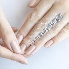 Carat Size Chart Emerald Cut Dimensions Of A 2 Carat Emerald Cut Diamond Diamond Foto