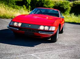 These competizione cars featured lightweight bodies, plexiglas windows (except for the windscreen), tuned engines (in the last two batches), stripped. The Ferrari 365 Gtb 4 Daytona The World S Fastest Production Car In 1968