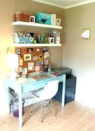 Small office space decorating ideas Amazing Office Space Decor Ideas Small Office Space Decorating Ideas Small Office Space Decorating Ideas Small Office Fairfieldcccorg Office Space Decor Ideas Sellmytees