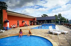 Outdoor swimming pool | Campsites and Holiday Parks - Campsites on  Pitchup.com