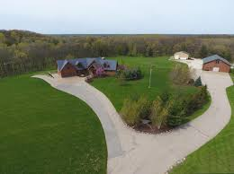 Country Kitchen Platteville Wi Burlington Wi Homes Under 1000000 For Sale Realty Solutions Group