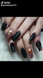 Hola mis preciosas y preciosos bienvenidos a su uñas hermosas uñas largas manicure diseños uñas negras manicura de uñas uñas artísticas disenos de unas diseños de arte en uñas. Nail Design Unas Acrilicas Negras Encapsulado Hojas De