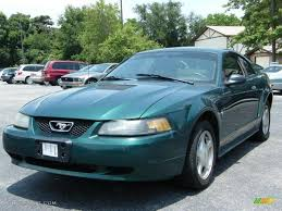 2001 Dark Highland Green Ford Mustang V6 Coupe #33081169 ...