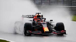 Formel 1 är en motorsportstävling där varje tävling benämns grand prix. Fvl4tk Krx6gfm