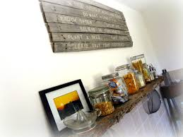 Pallet Wood Backsplash Whisperwood Cottage 10 Salvaged Pallet Diy Wood Projects