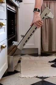 how to clean oven door glass even in