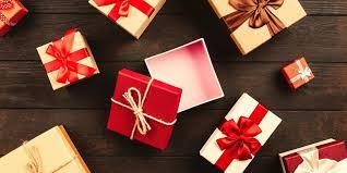 Deputies Help Mother In Need Buy Christmas Gifts With Walmart