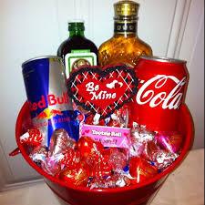 basket valentines gift for him best 25 boyfriend ideas on homemade valentine s day gift basket ideas for him diy valentine valentine s day gift baskets for