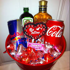 basket valentines gift for him best 25 boyfriend ideas on homemade valentine s day gift basket ideas for him diy valentine valentine s day gift baskets for