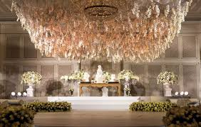 luxury most expensive chandelier 28 awesome top chandeliers in the world design interesting ont flower at palazzo versace dubai withadditional building