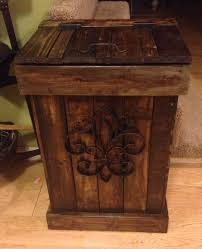 Exceptional 30 Gallon Wooden Trash Can Made From Wooden Pallets!!!